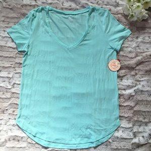 NWT SO Cold Shoulder Cut Out T-shirt Island Breeze